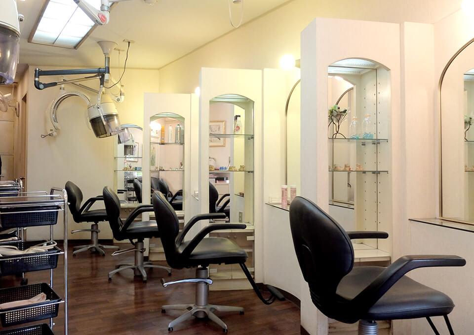美容室 サロンベラミ